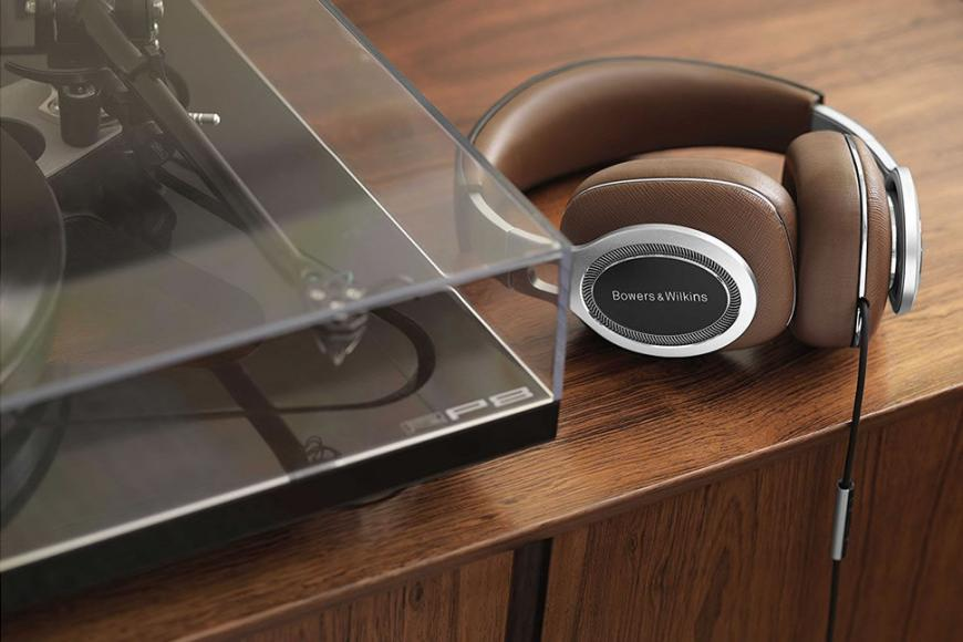 bowers-wilkins-launches-luxurious-p9-headphones1