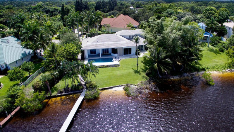 pga-golfer-rickie-fowler-makes-quick-work-of-his-2-9m-florida-home1