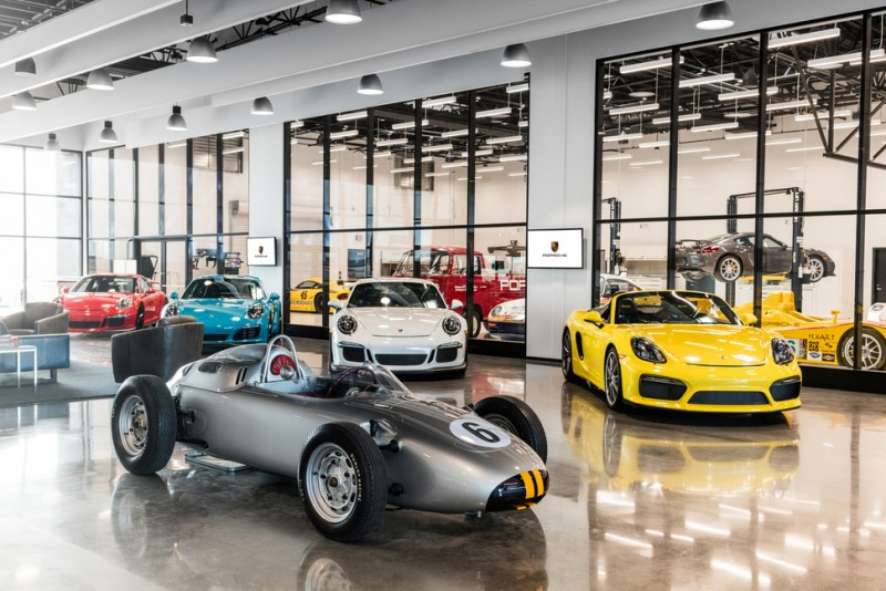 porsche-just-opened-a-new-experience-center-in-l-a6