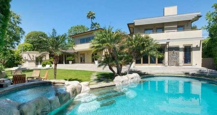 Former Home of Record Executive Mo Ostin Fetches $4.8M in Pacific Palisades