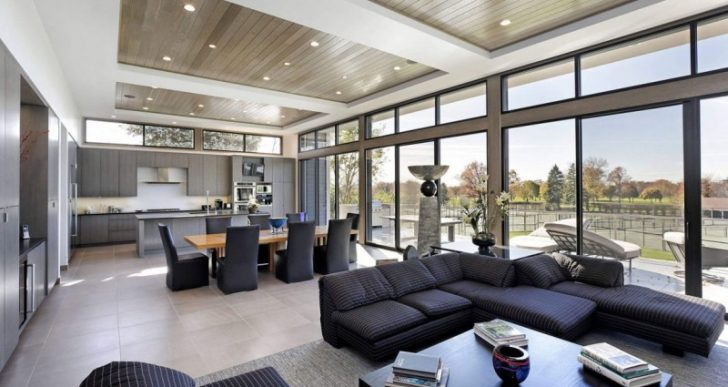 Home in Highland Park Illinois by Raugstad