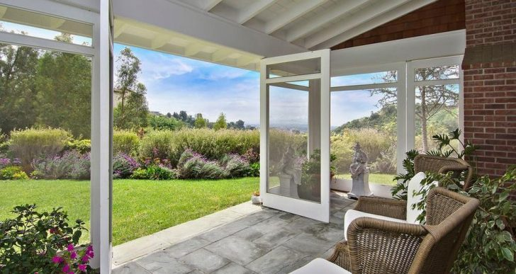 Andy Heyward, Co-Creator of 'Inspector Gadget', Takes $8.5M for Bel Air Home