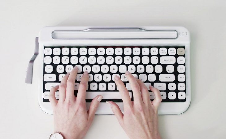 Miss Your Old Typewriter? The PENNA Bluetooth Keyboard Is For You