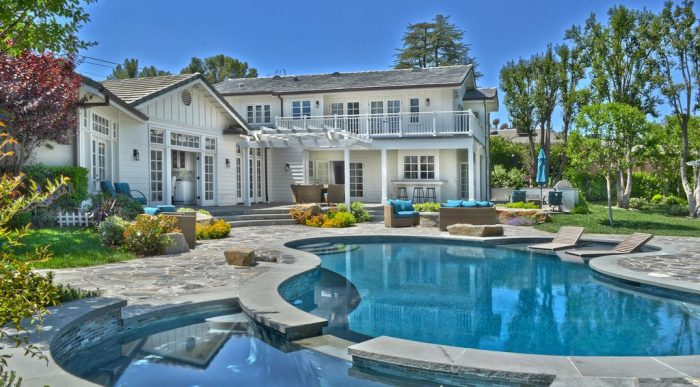 Iggy Azalea and L.A. Laker Ex Nick Young Put Former Tarzana Home on the Market for $3.6M