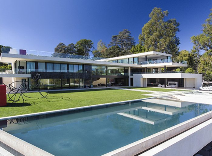 Jay z and beyonce reportedly offer 120m for bel air spec for What is a spec home