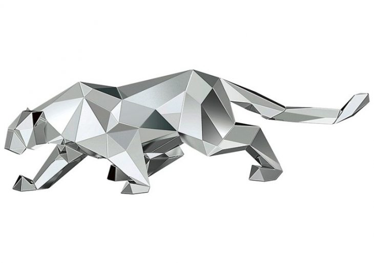 Arran Gregory Teams up With Swarovski to Create a Series of Mirrored Animal Statuettes