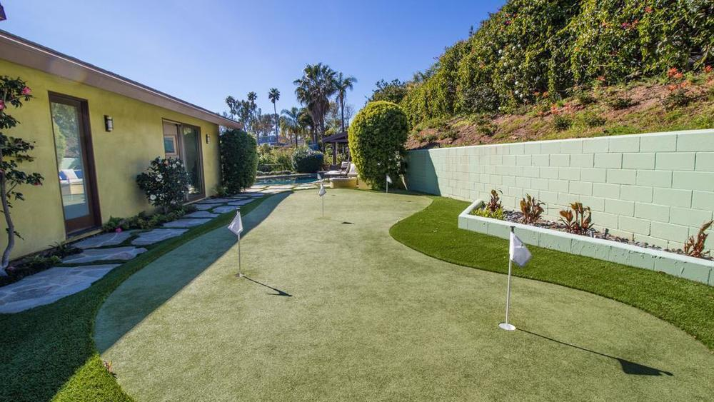 Robert Downey Jr Pays 3 8m For Beachfront Home In Malibu