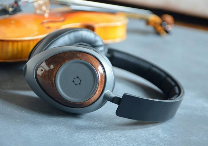 The ORA GQ Is the World's First Headphone Made from Super-Strong, Super-Light Graphene