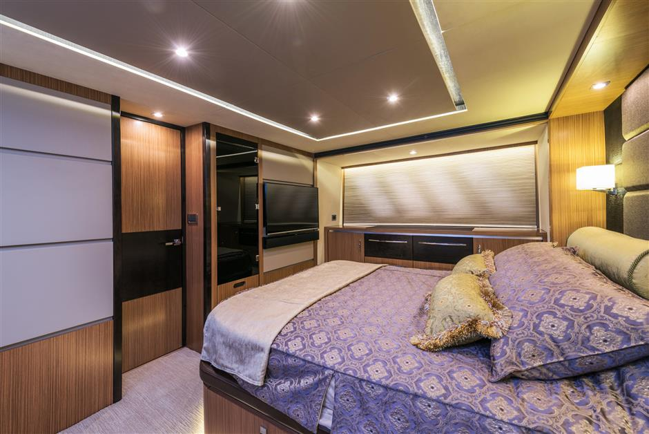 Who Accepts American Express >> The Four-Stateroom, 65-Foot Moon Over Miami Motor Yacht by ...