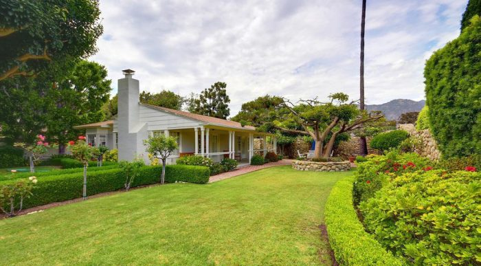 Late Univision Billionaire Jerry Perenchio's Malibu Cottage Rakes in $6.8M—$1.3M Over Ask