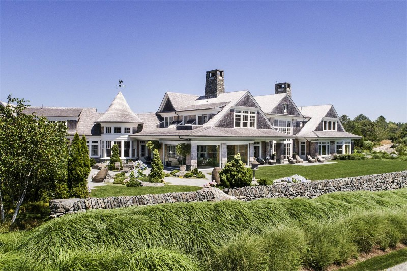 Magnificent Estate Of Late Billionaire Dodo Hamilton Comes
