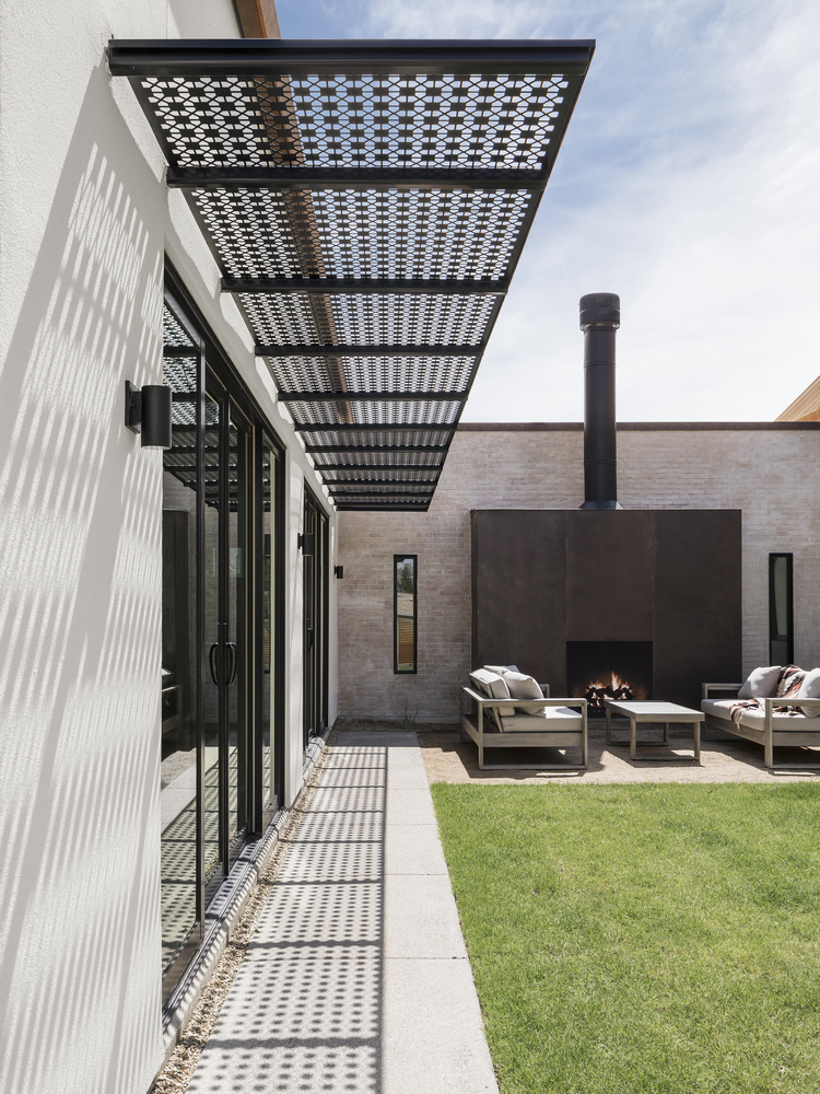Canal House In Phoenix By The Ranch Mine American Luxury