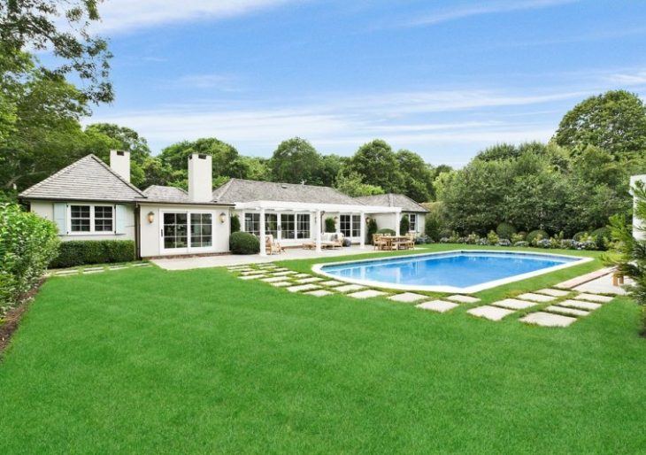Rachael Ray Completes Sale of Hamptons Home for $3.3M