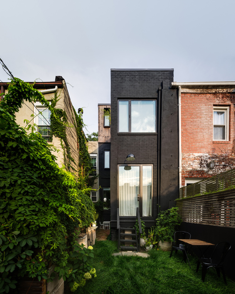 Little House Big City By Office Of Architecture