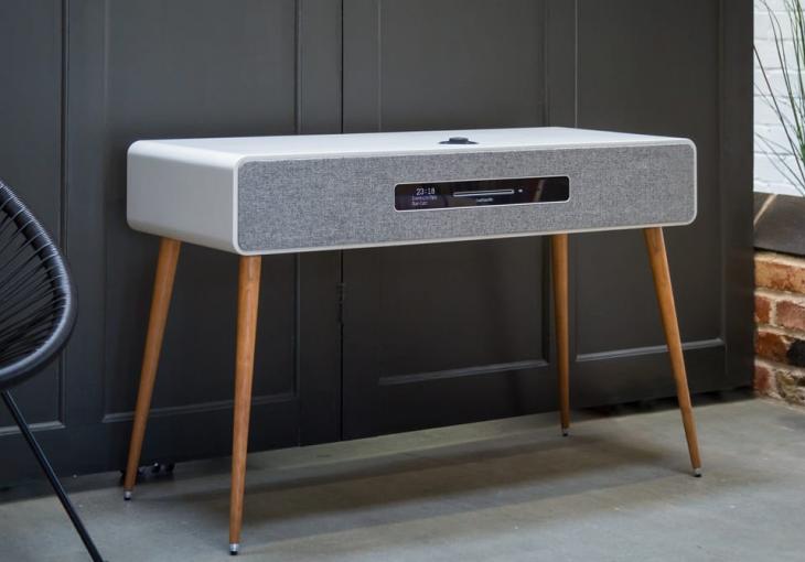Ruark Audio's R7 MK3 High-Fidelity Radiogram Is Audio and Design Bliss