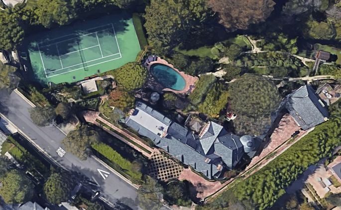Adam Levine Buys Pete Sampras' Former L.A. Mansion for $34M