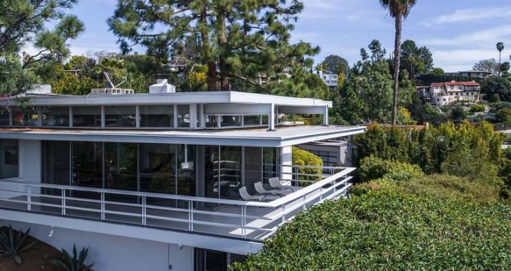 Rooney Mara Wraps Up Sale of Striking Mid-Century Modern in L.A. for $3.6M