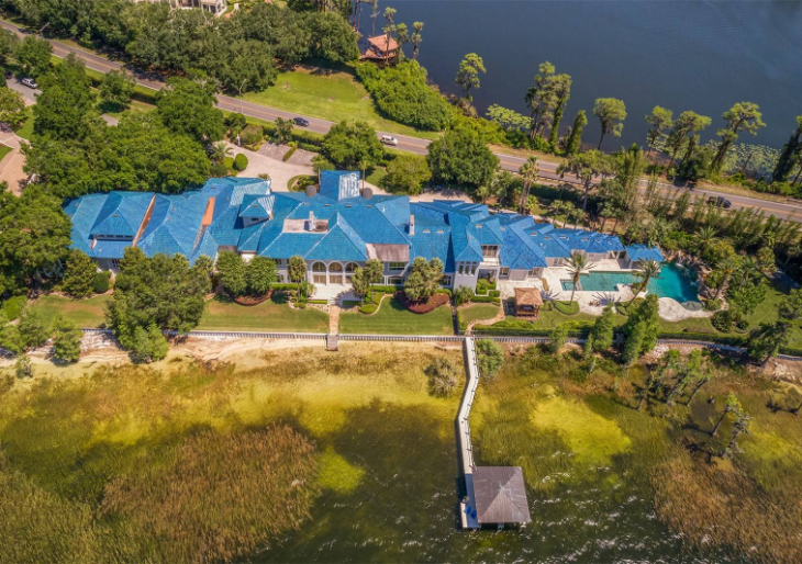 Shaquille o 39 neal lists 31k sqft orlando mega mansion for for Shaquille o neal s home