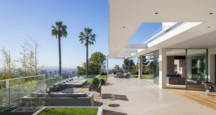 Stradella House in L.A. by SAOTA