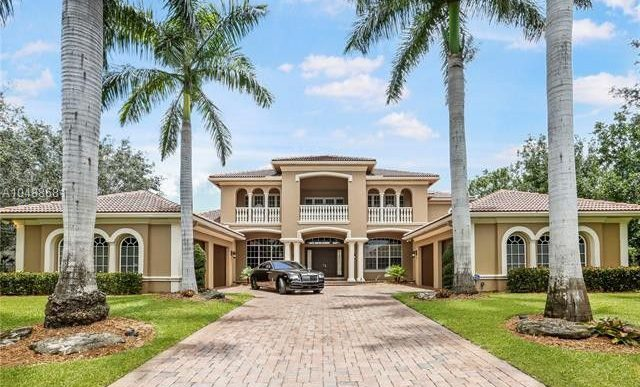 Michael Vick Seeks $1.4M for South Florida Manse