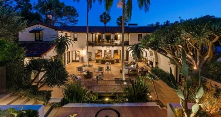 'Big Bang Theory' Star Jim Parsons Lists Pedigreed Architectural in L.A. for $9M