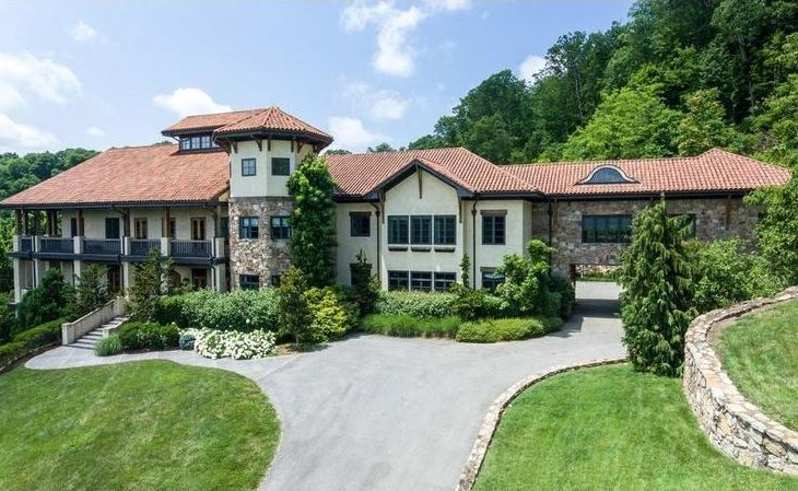 Jay Cutler and Kristin Cavallari Put Nashville Mansion on the Market at $7.9M