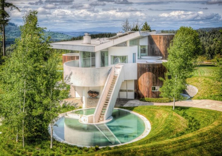 Diamond Heiress Rebecca Oppenheimer Lists Washington State Home for $11M