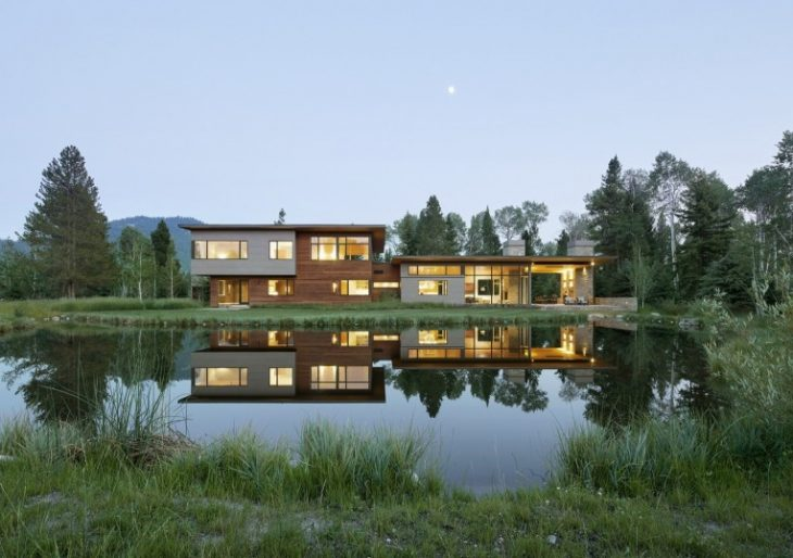 JD2 Residence in Wyoming by Carney Logan Burke