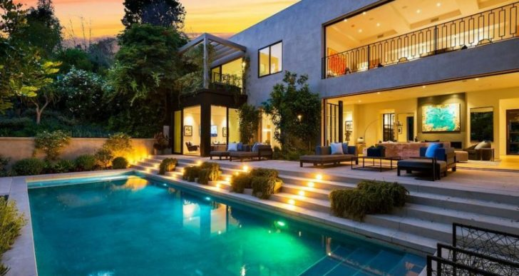 Billionaire Entrepreneur Kylie Jenner and Rapper Travis Scott Purchase Luxurious Home in L.A. for $13.5M