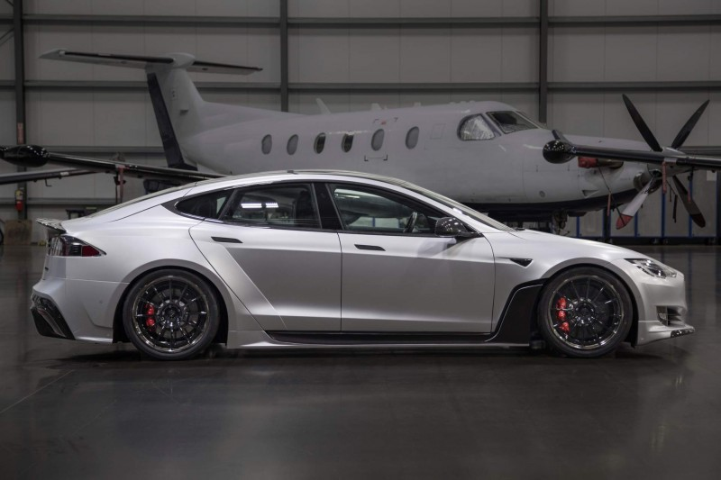 tesla model s gets aggressive with 50k wide body kit by unplugged performance american luxury tesla model s gets aggressive with 50k