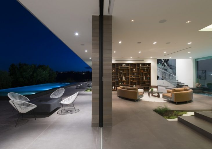 Benedict Canyon in Beverly Hills by Whipple Russell Architects