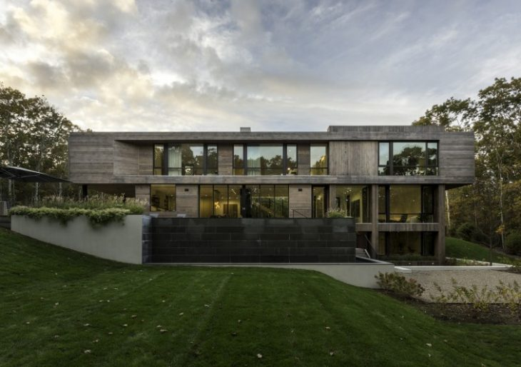 Old Sag Harbor Road in the Hamptons by Blaze Makoid Architecture