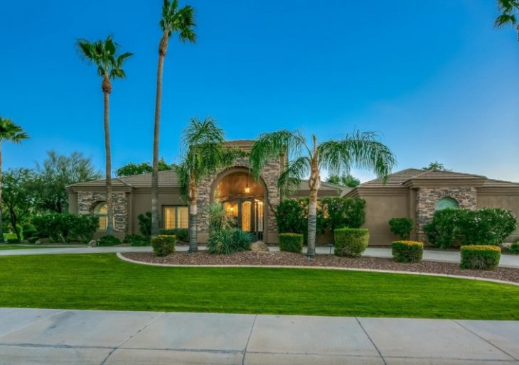 Giants Star Brandon Crawford Taking a Small Loss on $1.6M Home in Scottsdale