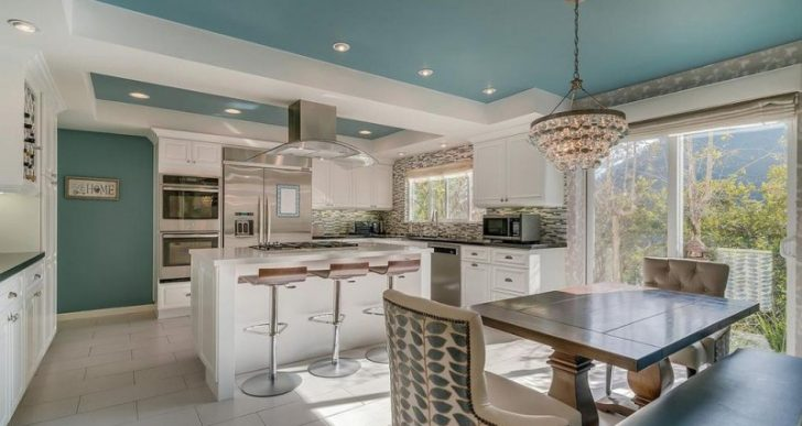Tom Arnold Lists L.A. Home for $3.9M