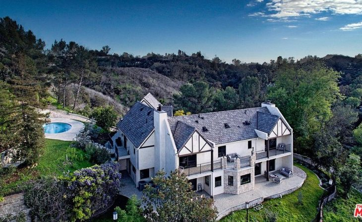 Former 'Guess Who' Frontman Burton Cummings Lists L.A. Home for $5M