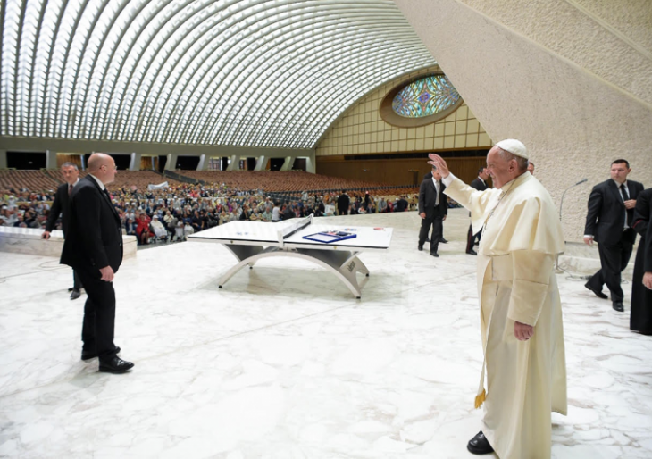Killerspin Revolution SVR Bianco, Replica of the Table Gifted to Pope Francis in 2016, Hits Auction, With 100% of Proceeds Going Directly to the Charity of Your Choice