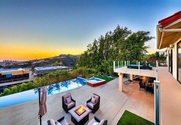 After Upgrading to a Pricier Home, 'Real Housewife' Teddi Mellencamp Lists Her Old L.A. Digs at $3.2M