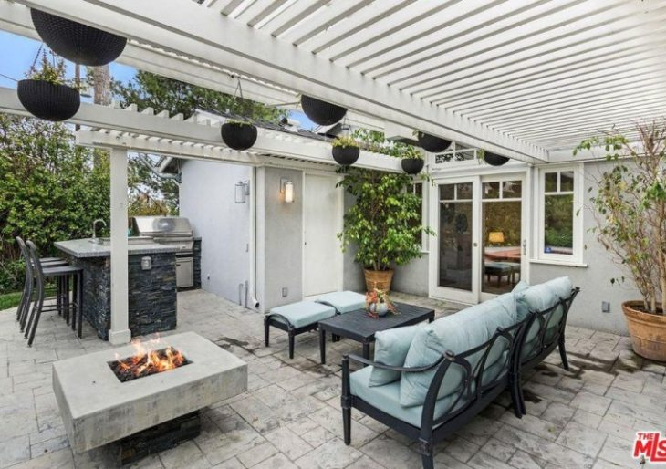 Singer and Actor Keith Carradine Lists L.A. Home for $1.6M