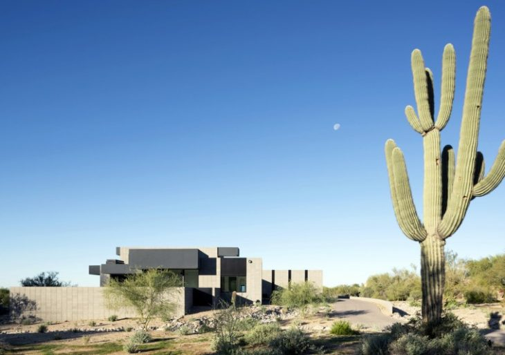 Troon Modern Residence in Scottsdale by Kendle Design Collaborative