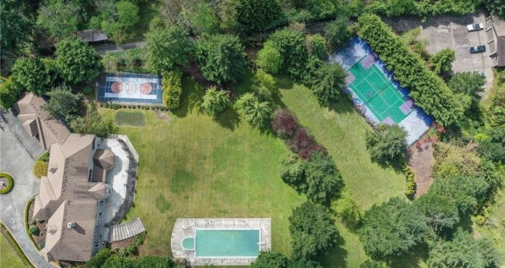 NBA Star Shawn Kemp Relists Seattle-Area Manse for $2.5M, Down From $3.7M