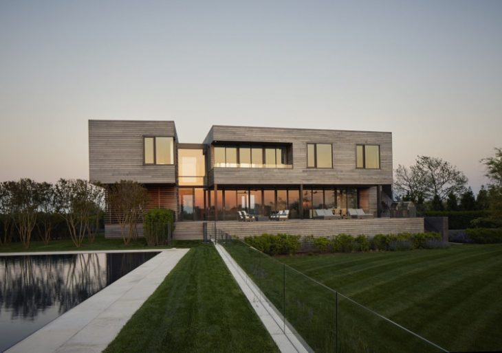 Sam's Creek House in the Hamptons by Murphy Burnham & Buttrick Architects