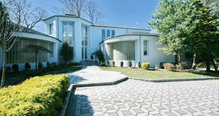 Gloria Gaynor Ready to Move on From $1.4M New Jersey Manse