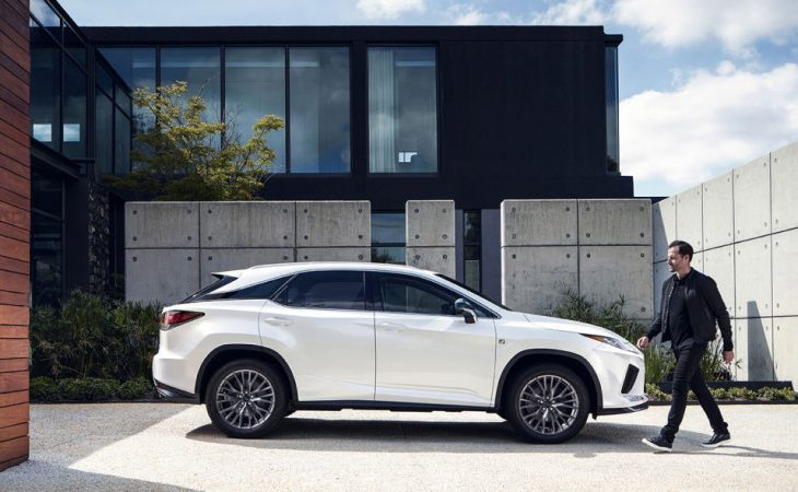 2020 Lexus RX350 and RX450h Get a Stylish Update