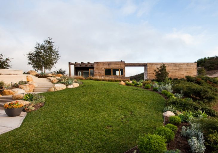 Toro Canyon House in Santa Barbara County by Bestor Architecture