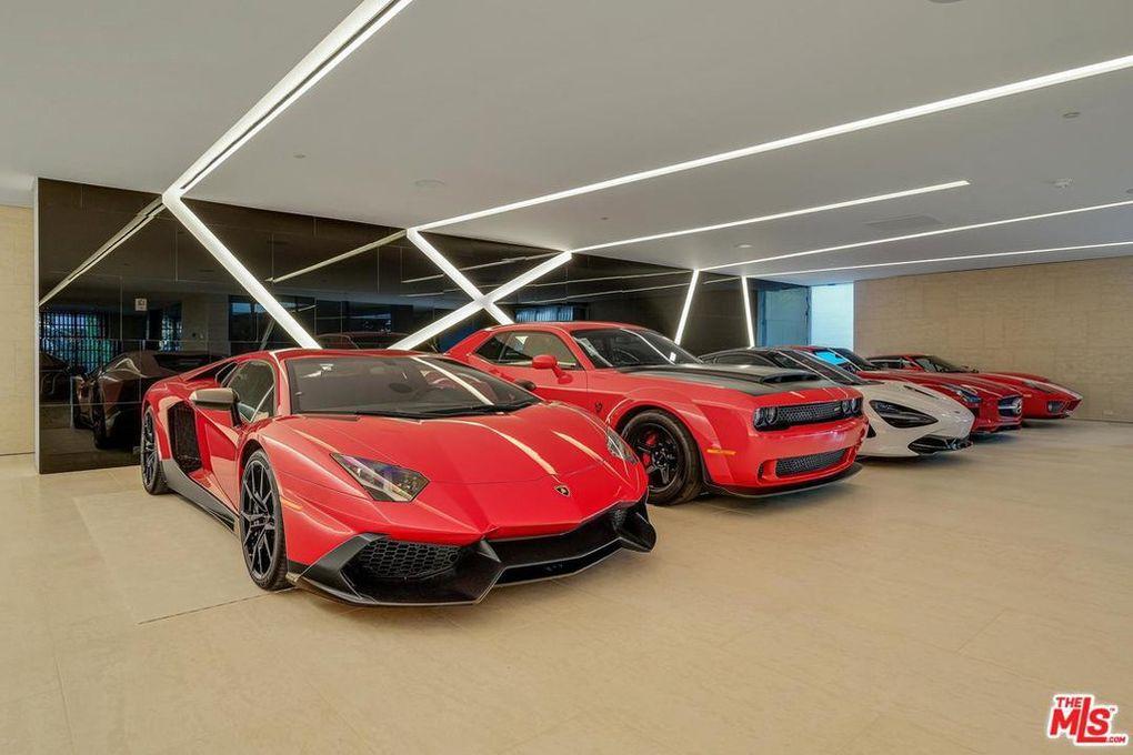 Foto del auto de Tom Bilyeu -