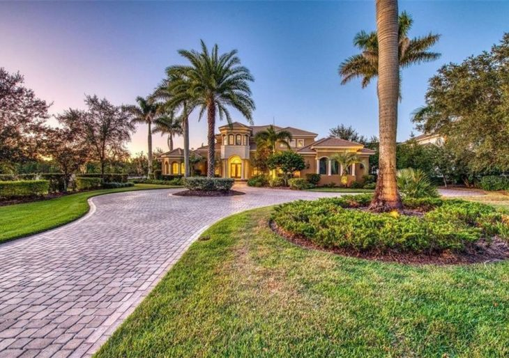 Pro Golfer J.B. Holmes Takes a Loss on Sale of Florida Home