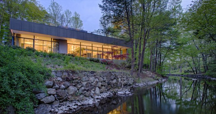 Weston Residence in Connecticut by Specht Harpman Architects
