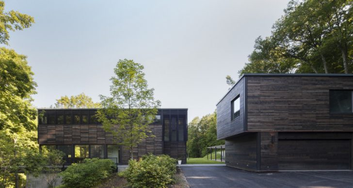 Red Rock House in New York by Anmahian Winton Architects