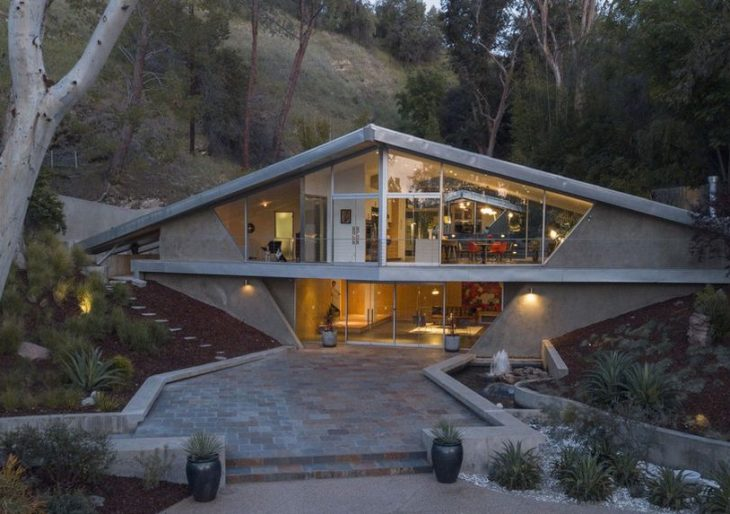Triangle House Midcentury Gem in Tarzana Listed for $4M
