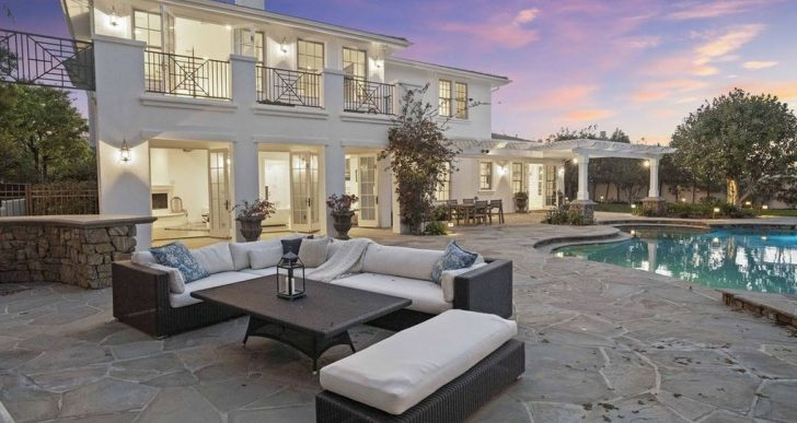 Gary Sinise Asking $3.8M for Cape Cod-Influenced Home in Calabasas